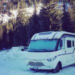 camper nella neve